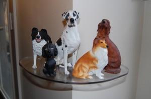 Inner Clear Shelf dog statues